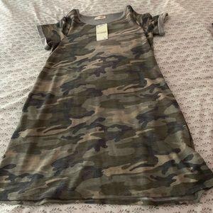 Dresses & Skirts - NWT Camo T-shirt Dress